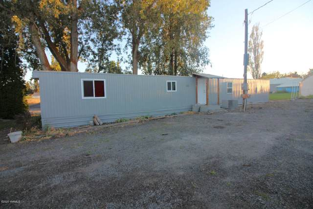 2412 Carlson Rd, Yakima, WA 98903 (MLS #20-2075) :: Heritage Moultray Real Estate Services