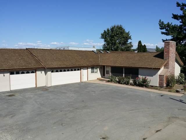 111 Barbee Rd, Zillah, WA 98953 (MLS #20-2079) :: Amy Maib - Yakima's Rescue Realtor