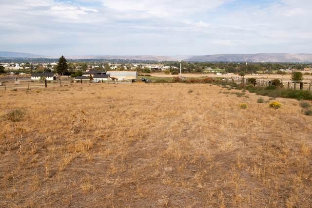 1009 Meadowbrook Rd, Yakima, WA 98903 (MLS #20-2087) :: Amy Maib - Yakima's Rescue Realtor