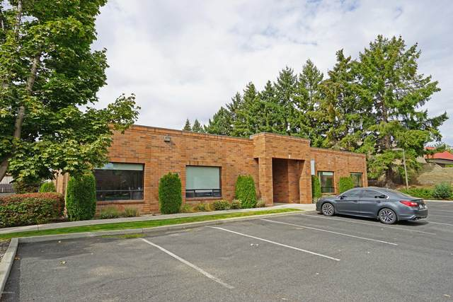 102 N 56th Ave B, Yakima, WA 98908 (MLS #20-2093) :: Heritage Moultray Real Estate Services