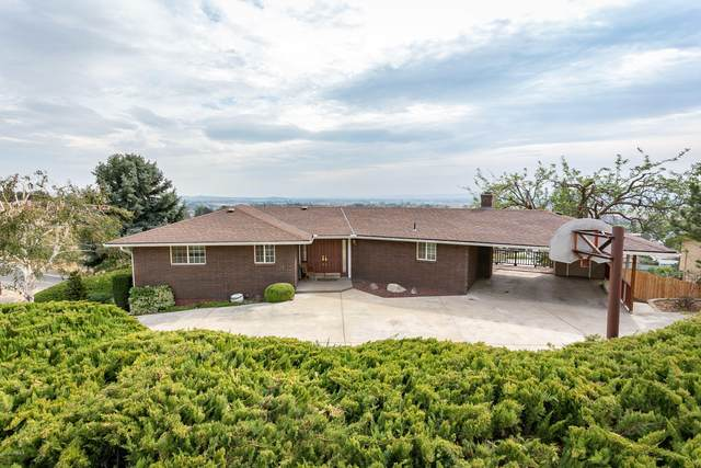 521 Riverside Terrace, Sunnyside, WA 98944 (MLS #20-2109) :: Amy Maib - Yakima's Rescue Realtor