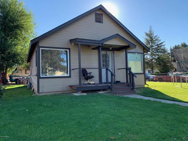 1121 S 7th Ave, Yakima, WA 98902 (MLS #20-2210) :: Heritage Moultray Real Estate Services