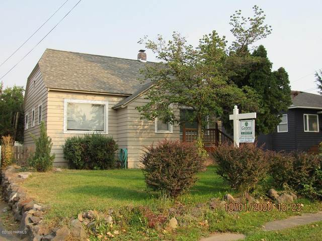 107 N 26th Ave, Yakima, WA 98902 (MLS #20-2220) :: Heritage Moultray Real Estate Services