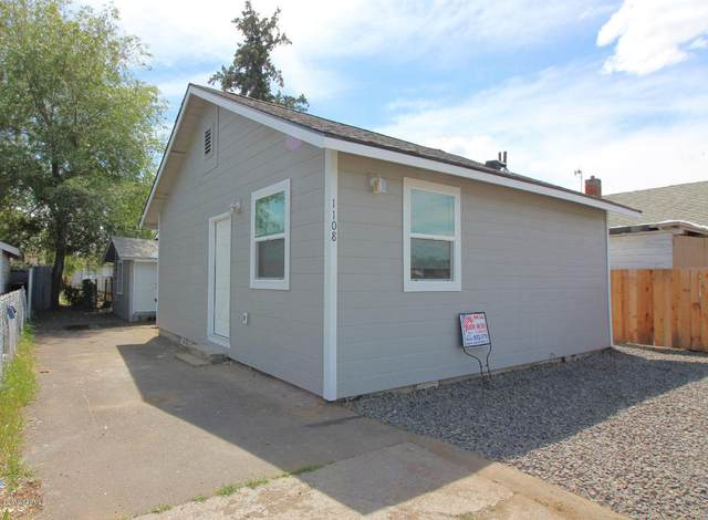 1108 Fairbanks Ave, Yakima, WA 98902 (MLS #20-2277) :: Heritage Moultray Real Estate Services