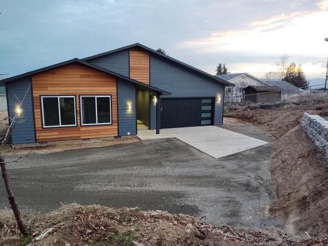 4708 Maple Ave, Yakima, WA 98901 (MLS #20-228) :: Joanne Melton Real Estate Team