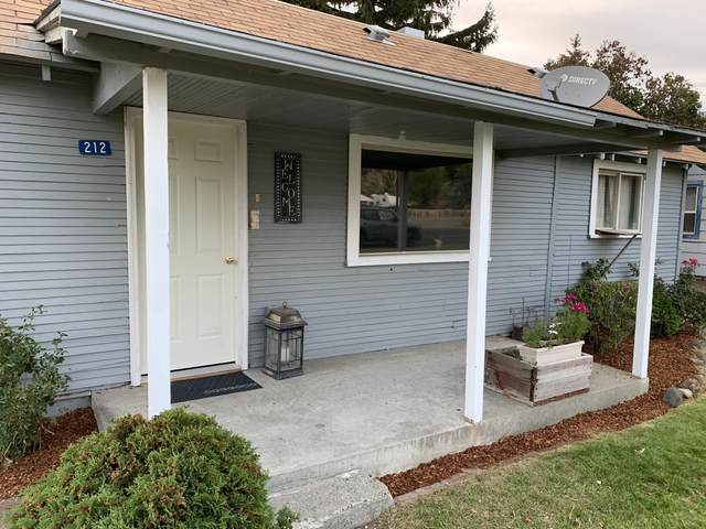 212 Sinclair St, Naches, WA 98937 (MLS #20-2316) :: Heritage Moultray Real Estate Services