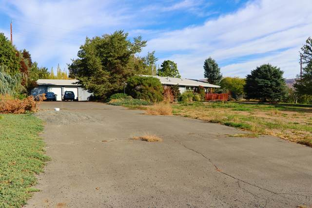 121 Emerald Acres Dr, Selah, WA 98942 (MLS #20-2334) :: Amy Maib - Yakima's Rescue Realtor