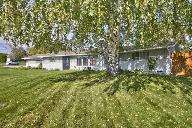 6013 W Lincoln Ave, Yakima, WA 98908 (MLS #20-2363) :: Amy Maib - Yakima's Rescue Realtor
