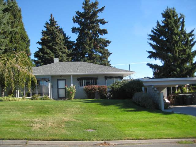 213 S 37th Ave, Yakima, WA 98902 (MLS #20-2374) :: Heritage Moultray Real Estate Services