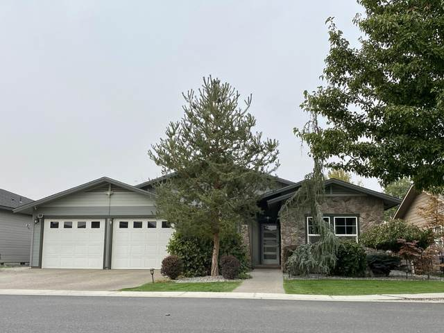 710 Merwin Ct, Zillah, WA 98953 (MLS #20-2391) :: Amy Maib - Yakima's Rescue Realtor