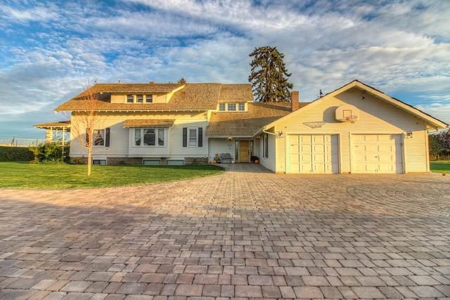 791 Becker Rd, Toppenish, WA 98948 (MLS #20-2421) :: Joanne Melton Real Estate Team