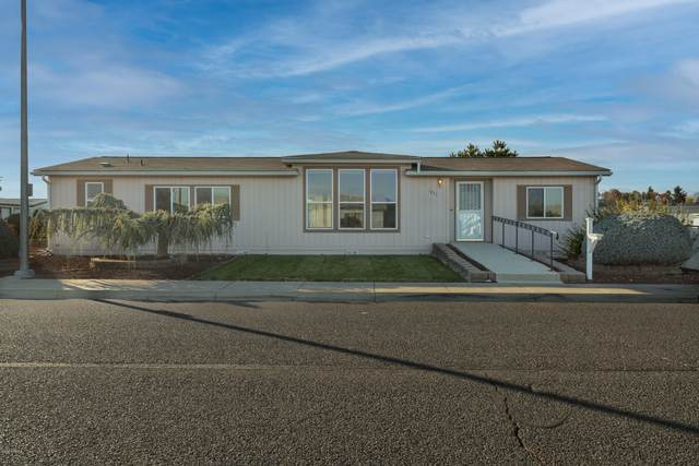 1832 S 70th Ave, Yakima, WA 98908 (MLS #20-2497) :: Joanne Melton Real Estate Team