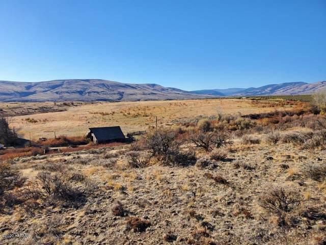 NKA W Slavin Rd, Yakima, WA 98903 (MLS #20-2508) :: Heritage Moultray Real Estate Services