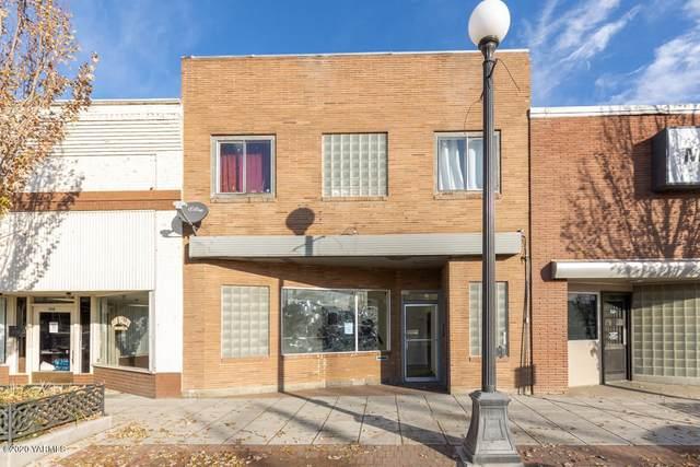 520 E Edison Ave, Sunnyside, WA 98944 (MLS #20-2561) :: Heritage Moultray Real Estate Services