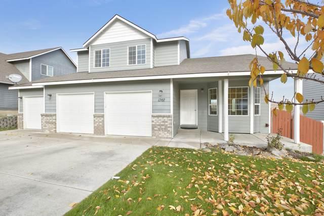 1707 W Naches Ave, Selah, WA 98942 (MLS #20-2574) :: Heritage Moultray Real Estate Services