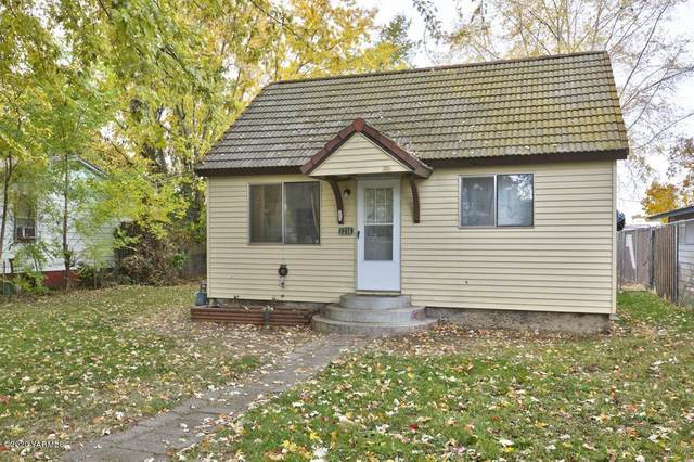 1216 Rock Ave, Yakima, WA 98902 (MLS #20-2604) :: Heritage Moultray Real Estate Services