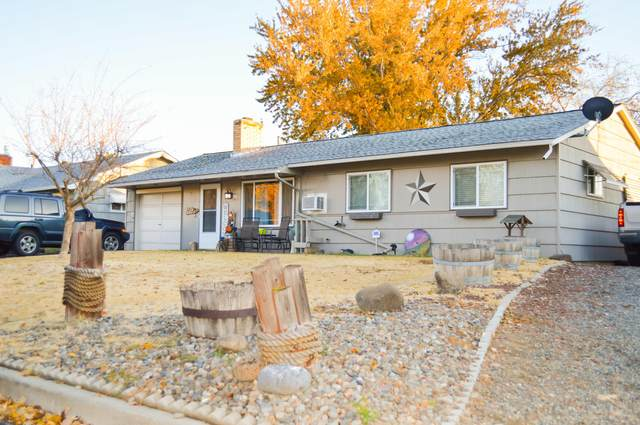 3702 Bonnie Doon Ave, Yakima, WA 98902 (MLS #20-2625) :: Heritage Moultray Real Estate Services