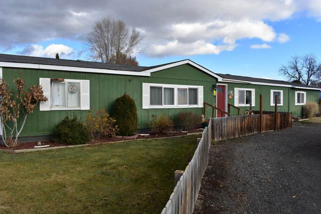 2821 S 87th Ave, Yakima, WA 98903 (MLS #20-2631) :: Heritage Moultray Real Estate Services
