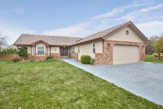 5208 Kona Ln, Yakima, WA 98908 (MLS #20-2654) :: Heritage Moultray Real Estate Services