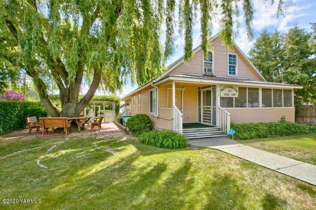 315 N 9th St, Yakima, WA 98901 (MLS #20-2670) :: Heritage Moultray Real Estate Services