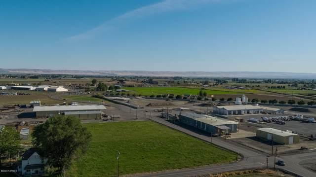 230 Wa-241, Sunnyside, WA 98944 (MLS #20-2687) :: Amy Maib - Yakima's Rescue Realtor