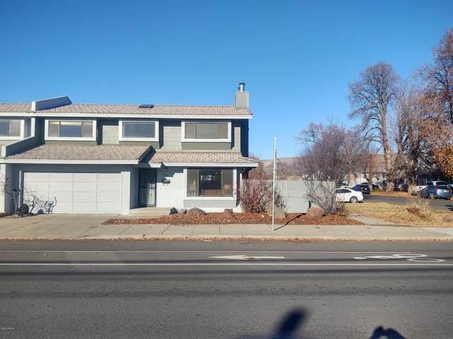 509 E Lincoln Ave, Yakima, WA 98901 (MLS #20-2705) :: Joanne Melton Real Estate Team