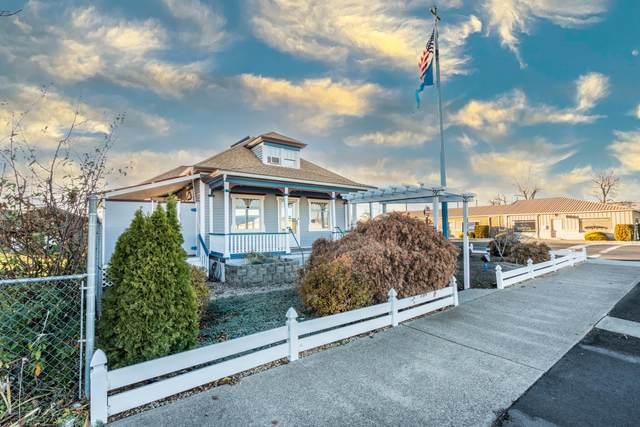 116 N 3rd Ave, Yakima, WA 98902 (MLS #20-2709) :: Joanne Melton Real Estate Team