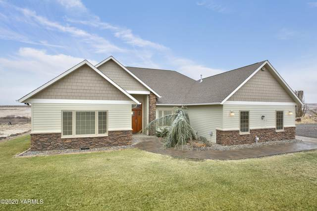 1800 Cook Rd, Yakima, WA 98908 (MLS #20-2763) :: Heritage Moultray Real Estate Services