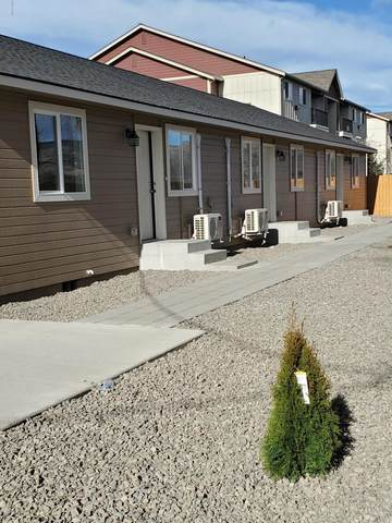 1615 E Race St, Yakima, WA 98901 (MLS #20-301) :: Heritage Moultray Real Estate Services