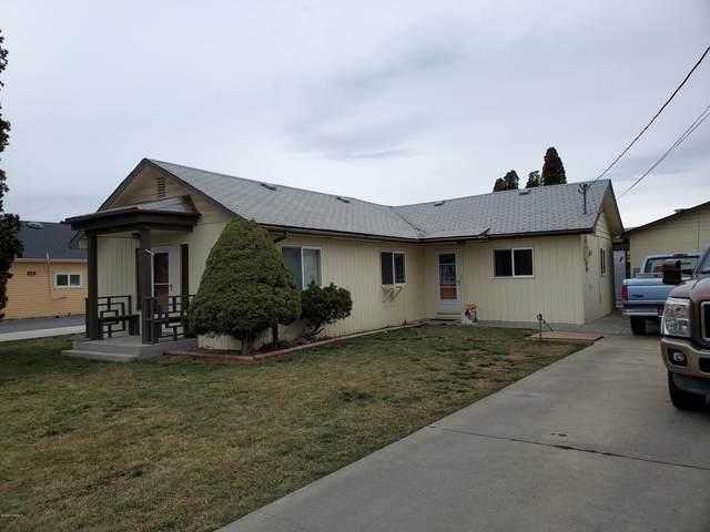 2009 Englewood Ave, Yakima, WA 98902 (MLS #20-313) :: Joanne Melton Real Estate Team