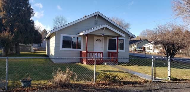 715 Washington St, Tieton, WA 98947 (MLS #20-33) :: The Lanette Headley Home Group