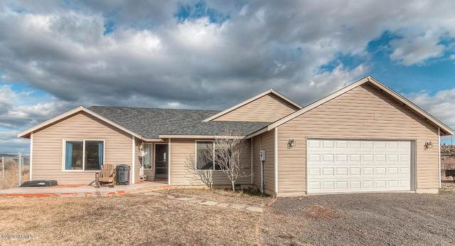 283 Gatliff Dr, Tieton, WA 98947 (MLS #20-361) :: The Lanette Headley Home Group