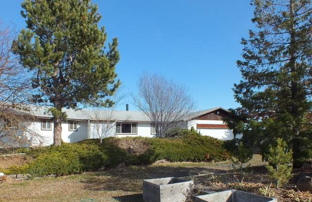 511 E Pine Hollow Rd, Yakima, WA 98903 (MLS #20-389) :: Heritage Moultray Real Estate Services