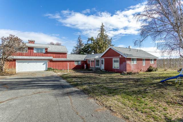 2451 Franklin Rd, Tieton, WA 98947 (MLS #20-462) :: The Lanette Headley Home Group