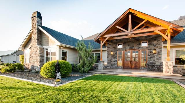 6571 S Naches Rd, Naches, WA 98937 (MLS #20-480) :: Heritage Moultray Real Estate Services