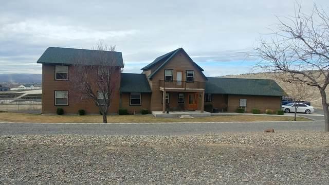 903 E Norman Rd, Yakima, WA 98901 (MLS #20-491) :: The Lanette Headley Home Group