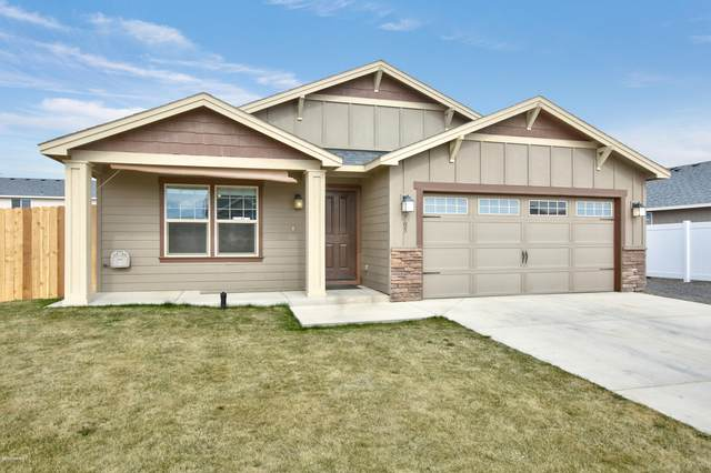 705 Millenium Ave, Moxee, WA 98936 (MLS #20-506) :: The Lanette Headley Home Group