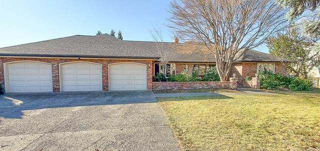 6006 Englewood Ave, Yakima, WA 98908 (MLS #20-587) :: Joanne Melton Real Estate Team