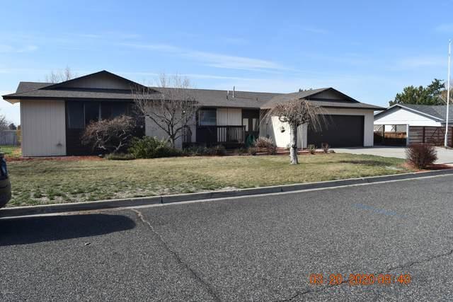 5400 N Canyon Rd, Yakima, WA 98901 (MLS #20-614) :: Joanne Melton Real Estate Team