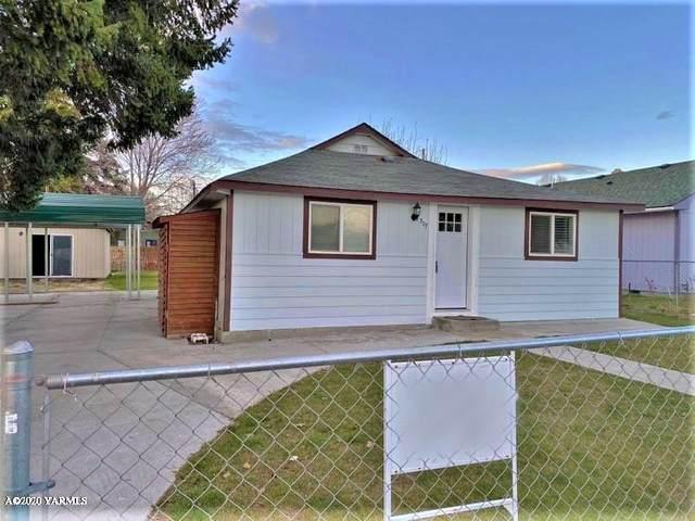 307 E 5TH St, Grandview, WA 98930 (MLS #20-633) :: Heritage Moultray Real Estate Services
