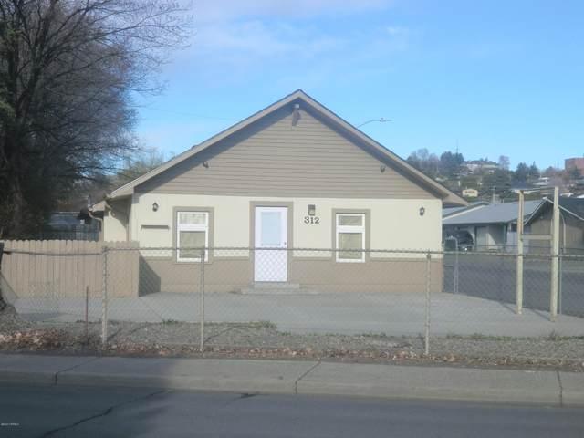 312 N Wenas Rd, Selah, WA 98942 (MLS #20-691) :: Heritage Moultray Real Estate Services