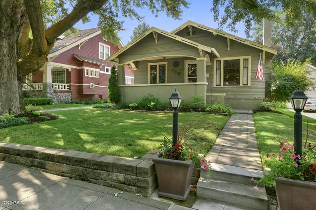 110 N 25th Ave, Yakima, WA 98902 (MLS #20-706) :: Heritage Moultray Real Estate Services