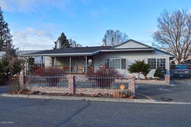 1508 S 4th Ave, Yakima, WA 98902 (MLS #20-71) :: Heritage Moultray Real Estate Services