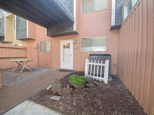 84 Greenview Dr, Yakima, WA 98908 (MLS #20-832) :: Heritage Moultray Real Estate Services