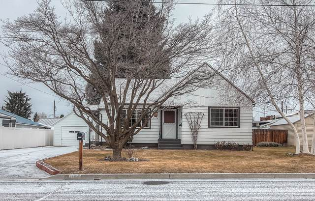 1104 S 31st Ave, Yakima, WA 98902 (MLS #20-88) :: Heritage Moultray Real Estate Services