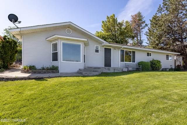 1043 Gum St, Prosser, WA 99350 (MLS #21-1012) :: Candy Lea Stump | Keller Williams Yakima Valley