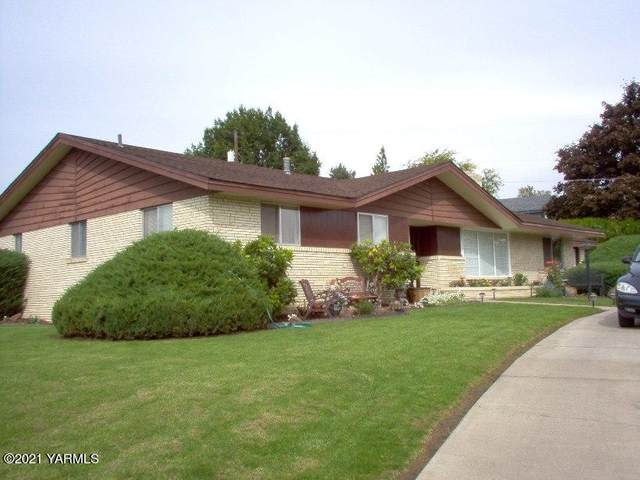 602 N 52nd Ave, Yakima, WA 98908 (MLS #21-1017) :: Nick McLean Real Estate Group