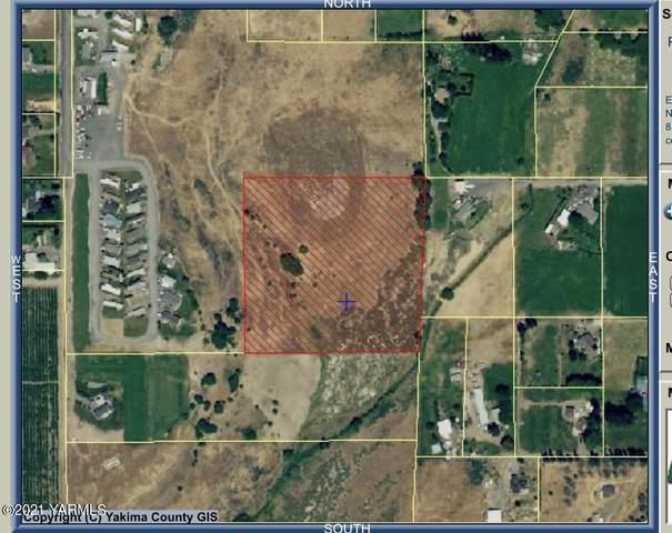 NKA Schut Rd, Moxee, WA 98936 (MLS #21-1144) :: Candy Lea Stump   Keller Williams Yakima Valley