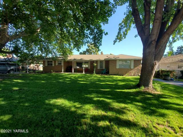 1303 W 3rd St, Grandview, WA 98930 (MLS #21-1258) :: Heritage Moultray Real Estate Services