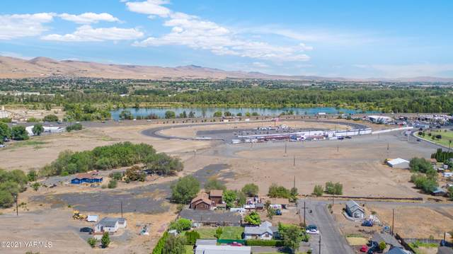 1600 Pacific Ave, Yakima, WA 98901 (MLS #21-1304) :: Nick McLean Real Estate Group